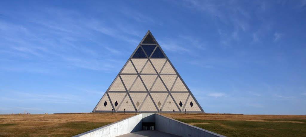 barış-piramidi2